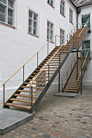 Zwei Treppen